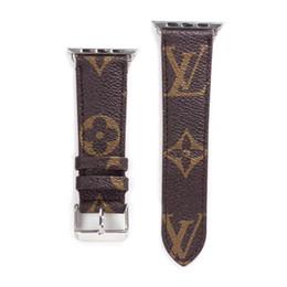 Ingrosso Per cinturino orologio di alta qualità con cinturino in argento per cinturino in pelle con cinturino in pelle Iwatch 38mm 42mm 40mm 44mm