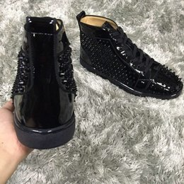 $enCountryForm.capitalKeyWord Australia - Hot Sale Cheap Black Patent Leather Spikes Sneakers For Women,Men Leisure Luxury Red Bottom Shoes Studs Walking Outdoor Casual Flat With Box