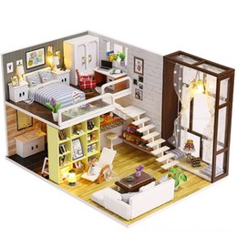 wooden dolls house accessories UK - Diy Wooden Doll House Toy Dollhouse Miniature Assemble Kit With Led Furnitures Handcraft Doll House Accessories Dolls & Accessories Miniatur