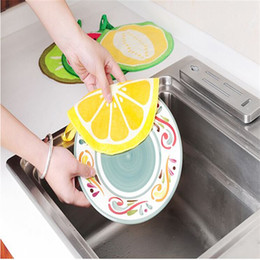 $enCountryForm.capitalKeyWord Australia - Funny Fruit Print Hanging Kitchen Round Hand Towel Microfiber Towels Quick-Dry Cleaning Rag Dish Cloth Wiping Napkin Toallas