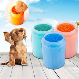 Dog Bucket Australia - Dog Paw Cleaner Cup Soft Silicone Combs Portable Pet Foot Washer Cup Paw Clean Brush Quickly Wash Dirty Cat Foot Cleaning Bucket K376