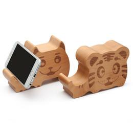 Cartoon Elefant Affe Tiger Hund Schwein Küken Wal aus Holz Bluetooth-Lautsprecher mit Telefonständer, Holzklammern Lautsprecher des Tierhandyhalter