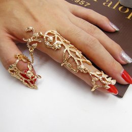 Hollow Fingers Australia - Rihanna same ring Hot hollow carved flowers dendrites crystal double finger conjoined ring 8RD115