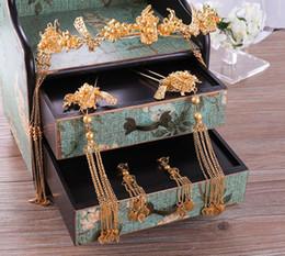 Golden Hairs Australia - Golden antique crested headdress bride's headdress exquisite vintage tassel hair band hosta earrings set