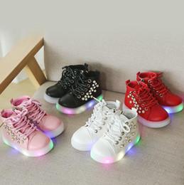$enCountryForm.capitalKeyWord Australia - NEW Fashion Childrens Luminous Shoes Stars Print Girls Flat Shoes Luminous Non-slip Wear-resistant Childrens Shoes Best quality 1081