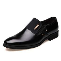 Brown Pointy Shoes UK - Masorini Men Formal Wedding Shoes Luxury Men Business Dress Shoes Loafers Pointy Big Size 38-47 WW-507