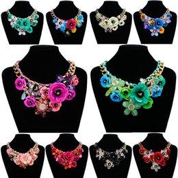 Brand Flower Australia - Brand Designer Pendant Necklaces Rose Flower Gemstone Resin Beaded Choker Statement Necklace for Women Wedding Party Gift Lady Short Jewelry