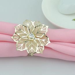 Ingrosso Anelli di tovagliolo di moda di lusso oro fiore strass Wedding Party Napkin anello Home Hotel Bella decorazione della tavola DHL libero WX9-1179
