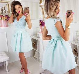 $enCountryForm.capitalKeyWord Australia - Newest Lace Homecoming Dresses V-Neck Sashes A Line Short Prom Dress Elegant Special Occasion Dresses Cheap Mini Party Evening Gowns Vestido