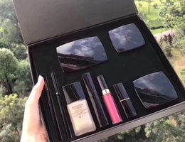 Big Makeup Gift Sets UK - 2018 9pcs cosmetics set concealer eyebrow pencil blush lipstick eyeliner pencil high quality makeup kit big box with free gift box