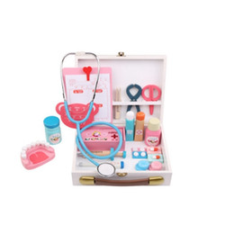 Chinese  Wooden Everybody's Pretend Play Doctor Toy Boys Girl Nurse Imitation Laptop Medical Kits Set Children toys manufacturers