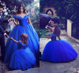 Discount sparkly tutus - Royal Blue Princess Wedding Flower Girl Dresses Puffy Tutu Off Shoulder Sparkly Crystals 2019 Toddler Little Girls Pagea