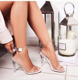 nude model women NZ - 2019 European and American explosion models new word buckle with transparent crystal and high heel sandals