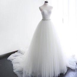 classic simple sexy wedding dresses UK - Princess A-line Wedding Dresses Sweetheart Sleeveless Ruched Pleated Tulle Classic Bridal Gowns with Exquiste Beaded Belt Court Train