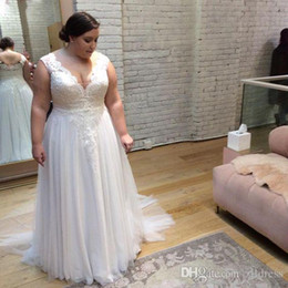 simple lace wedding dress v neck NZ - 2018 Country Simple Plus Size Wedding Dresses A-line Sexy V-neck Tulle Appliques Lace Cheap Big Western Women Bridal Gowns Custom Made