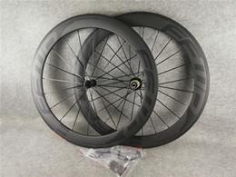 FFWD bob 60 milímetros rodado estrada com rodas de bicicleta clincher 700c carbono UD fosco + aero raios 20-24H / matte brilhante em Promoção