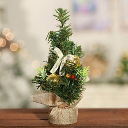 Wholesale 20 cm Artificial Table Mini Christmas Tree with Plastic Stand Holder Base for Christmas Home Party Decortaion