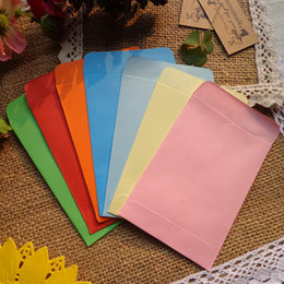 free recycled bags Australia - 200pcs Mini Size Envelopes Paper Gift Bag 8 Candy Colors Party Favor Message Candy Paper Bag Wedding Party 7x10cm Free shipping SH190920