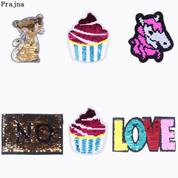 $enCountryForm.capitalKeyWord Australia - Prajna Cat Sequin Reversible Patch Sew On Embroidered Patches For Kids Clothes Cupcake Change Color Badges Cheap Stickers F