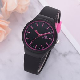 solid gold wristwatch 2019 - Simple Ladies Solid Pattern Watches Casual women Silicon Strap Wristwatch Luxury Quartz Female Clock Gift For Girl montr
