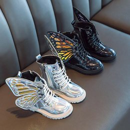 2020 New Fashion Girls Leather Boots Princess Shoes Children Kids Girls Butterfly Wings Detachable Wram Zip Short Boots Shoes on Sale