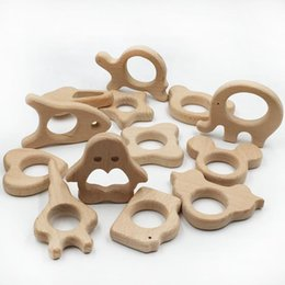 12pcs de madera gato grano elefante Shap juguetes Teether puede masticar enfermería pájaro accesorios pendientes de gimnasia de la actividad del juguete pulsera / collar en venta