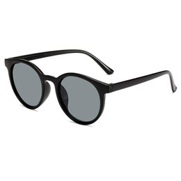 Ladies Goggles UK - Fashion Men and Women Sunglasses UV Protection Vintage Sunglasses Ladies Retro Glasses with cases and box
