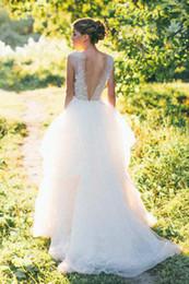 Venta al por mayor de Una línea de tul vestido de novia con apliques ilusión escote redondo vestidos formales vestidos de novia boho BBG076