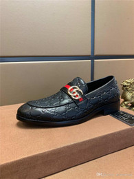 Brand Men Suits Wedding Australia - HOT! 2020 Men's Leather Business Dress Suit Shoes Casual Men Luxury Brands Black Beige Tassel Loafers Italian Style Wedding Formal