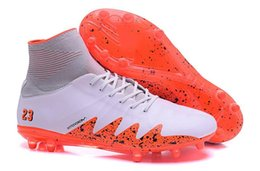new cr7 sport shoe NZ - 2019 New Neymar Jr Hypervenom Ii Soccer Cleats Proximo Ic Njr Football Shoes Glitch Soccer Cleats Cr7 Sports Shoes Size 6 .5 -11
