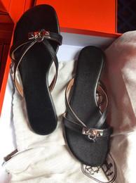 $enCountryForm.capitalKeyWord Australia - Hot Sale-Newest Brands H Desingers Flip Flops Women Sandals 2019 Summer Casual Rubber Bottom Women Leather Beach Slippers Sandals 35-40