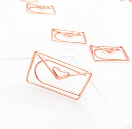 Wholesale Hot Arts Crafts Rose Gold Love Paper Clip Creative Special-shaped Modeling Clip Metal Paperclips Metal Paper Clips Bookmark