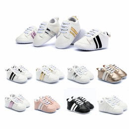 Elastic toddlEr soft shoE online shopping - Newborn Baby Sneakers Fashion Toddler Shoes Boys Girls Soft Bottom Shoes Baby Kids Designer Sport First Walkers HHA578