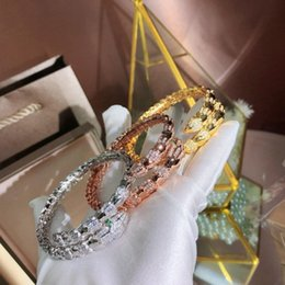 $enCountryForm.capitalKeyWord Australia - European and American foreign trade summer and night jewelry, star luminous bracelet snap wholesale silver plated Designer