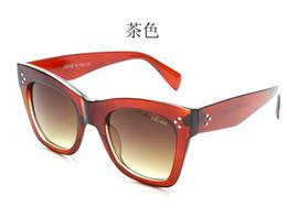 Glasses Female Titanium Australia - beautiful Fashion Round Sunglasses Eyewear Sun Glasses Designer Brand Black Metal Frame Dark Glass Lenses For Mens Womens Better No box