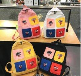 Toptan satış 2019 yeni omuz çantası Avrupa ve Amerikan moda erkekler ve kadınlar kalite sevimli kanvas çanta öğrenci vahşi sırt çantası ücretsiz kargo toptan 2019