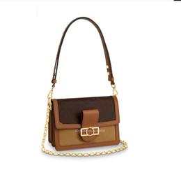 $enCountryForm.capitalKeyWord Australia - NEW Luxury Designer Women's Shoulder Bag Flap Buckle Top Quality Light Brown Crossbody Messenger Totes bags lconic small square bag wallet