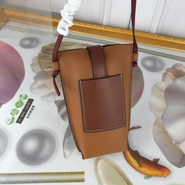 linen clutch wholesale NZ - The ladies' mobile phone bag is a new fashion bag with a very flexible grain design. The craftsmanship loves the thick T-shaped back pocke