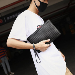 christmas hand bag Australia - Factory wholesale men handbag classic hand-woven wrist bag fashion leather men storage wallet fashion woven leather mobile phone bag