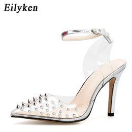Venta al por mayor de Vestido Eilyken Pvc transparente mujer bombas tacones altos remache zapatos de tacón alto mujer zapatos de boda sexy plata zapatos de mujer