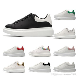 Cheap White Flats For Women Australia - Shoes Designer Luxury white leather casual for girl women men black gold red grey suede 2019 Cheap flat sneakers size 35-44