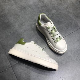 $enCountryForm.capitalKeyWord NZ - 2019 Men Women Sneakers Casual Leather Shoes Snakeskin Casual Shoes Lace Up Designer Comfort Pretty Men Womens Sneakers Extremely hs19062602