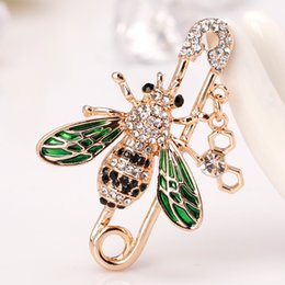 large rhinestone animal brooches Australia - New Large Brooch Vintage Brooch Female Bee Fashion Broche Hijab Pins and Brooches for Women Animal Pins Broches Jewelry Fashion