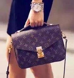 Freies Verschiffen Billig Verkäufe populäre heiße Marke Art und Weisefrauen Umhängetasche Qualität Designer-Handtaschenmappe