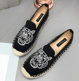 $enCountryForm.capitalKeyWord Australia - Women Slip On Canvas Antiskid Flat Fisherman Shoes Women Spring Espadrilles Lady Loafers Women Breathable Printing Flats