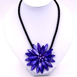 dark blue pearl chain UK - 2019Trendy Jewelry handmade Freshwater pearl dark blue flower necklace with woven leather