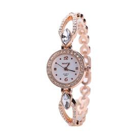 Luxury Female Model Watches Australia - 2019 new luxury ladies zircon alloy bracelet quartz watch female models diamond fashion student bracelet watch female