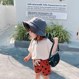 Venta al por mayor de Verano 2019 Nuevo KidsDress Pantalones de ocio de punto para niños impresos en coreano para niños y niñas y Pantalones cortos de ocio para niños