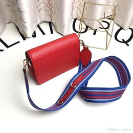 Wholesale Cowhide Handbag Australia - Cowhide leather explosion brand P D luxury handbag designer handbag stitching shoulder bag fashion trend plating hardware