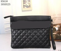 dabd0dbac3bd Wholesale-new Designer famous women Cosmetic Bags   Cases beautiful fashion  lady clutch bags handbags totes purse wallet 8561  33814 7010